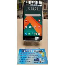 Б\у мобильный телефон HTC 10